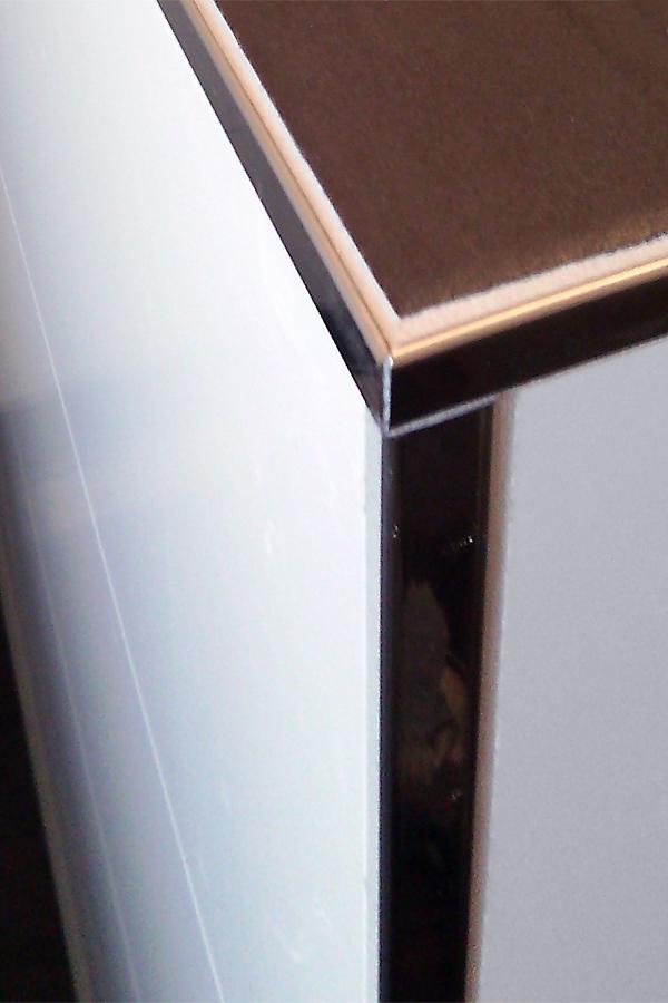 bad gefliest kantenschutz fliesen weigelt. Black Bedroom Furniture Sets. Home Design Ideas